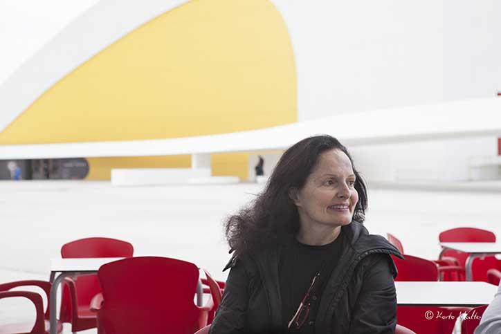 El Centro Niemeyer de Avilés, acoge la exposición » A todo Color» de Isabel Muñoz
